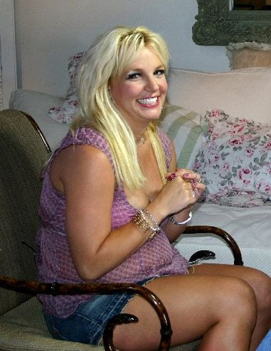 pregnant-britney-spears2