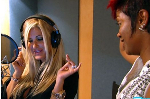 Kim-Zolciak-Kandi-Burruss-recording-studio-525x347