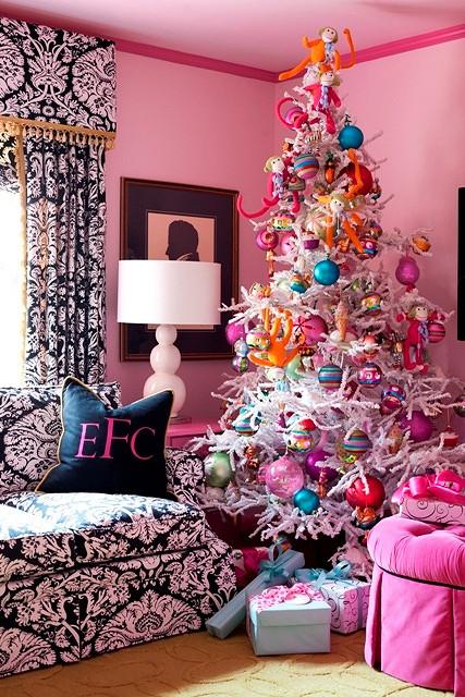 Tobis-Christmas-Decor-by-Rett-0151