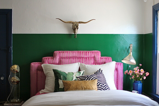 green stripe wall