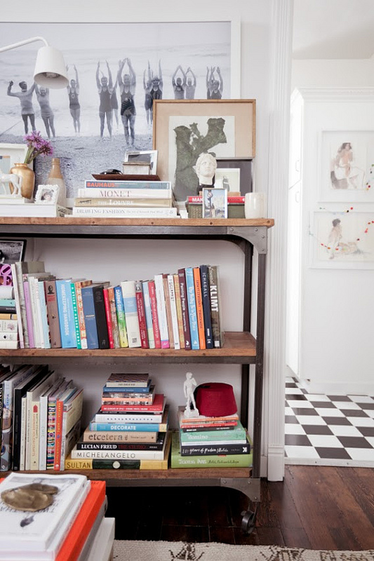 jordan-ferney-apartment-san-francisco-small-apartment-tips-shelving-storage