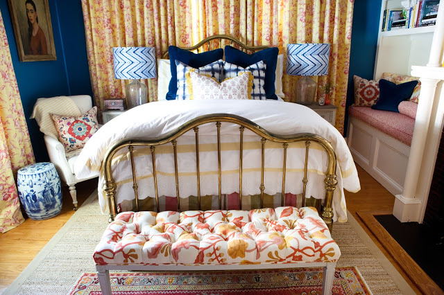 a week of design – a lacquered teal toile treasure bedroom